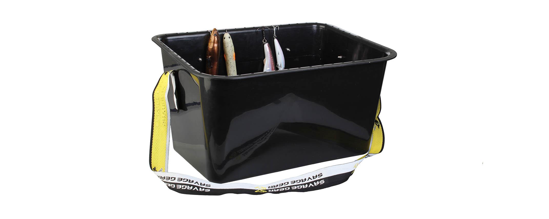 Hinkar, lådor, väskor